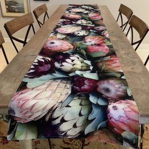New range Table Runners 150 and 250 cm available. Now fully lined